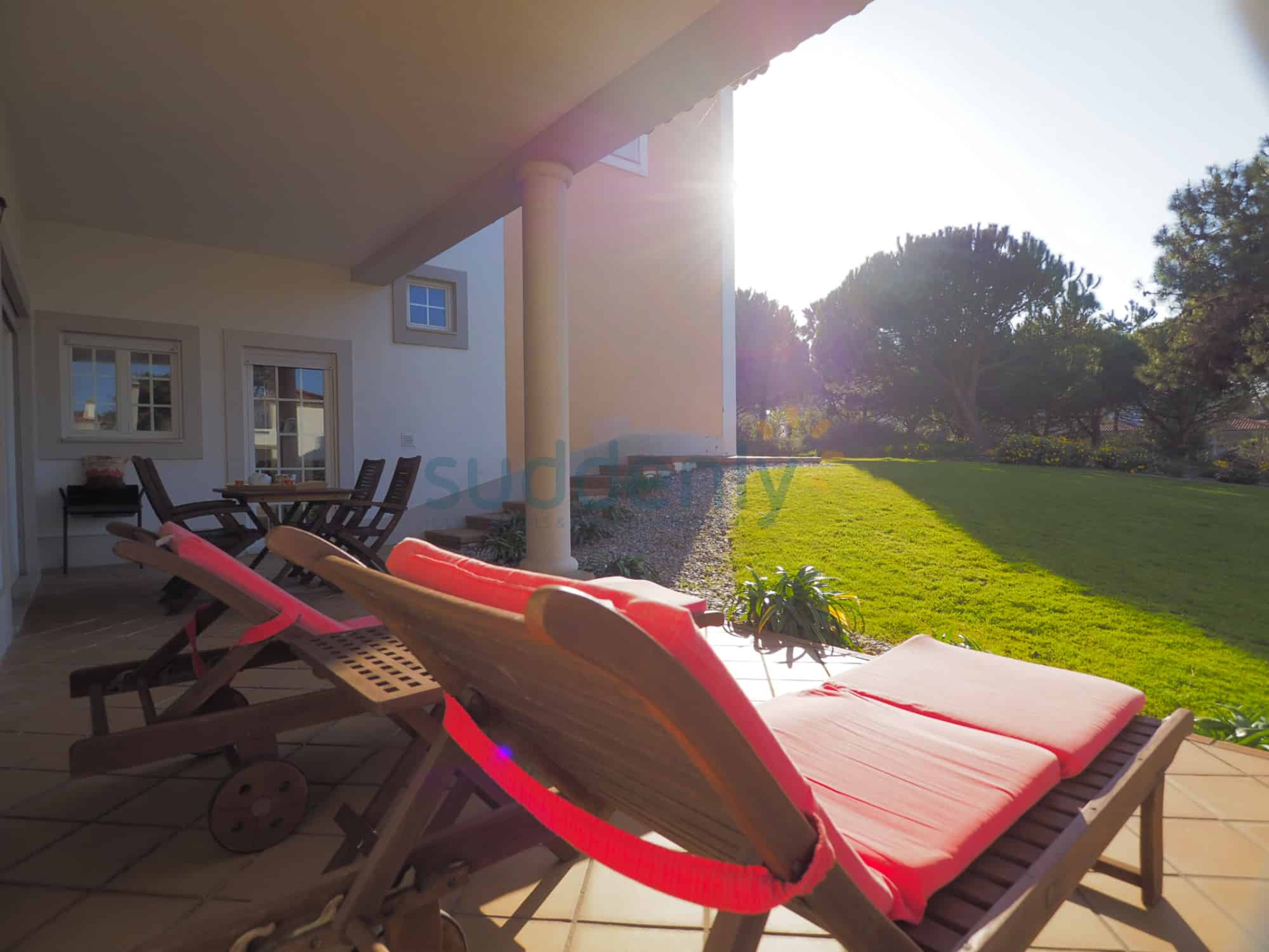 Holiday Rentals in Praia D'El Rey 342