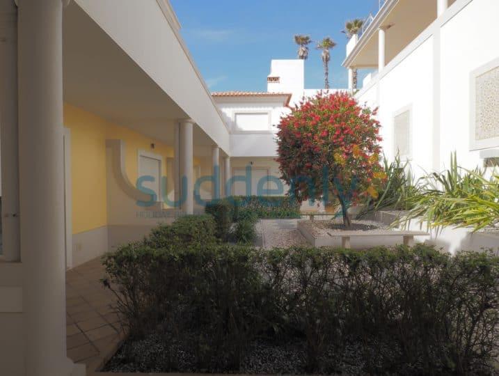 15199/AL – Vila da Praia 464-C3 24