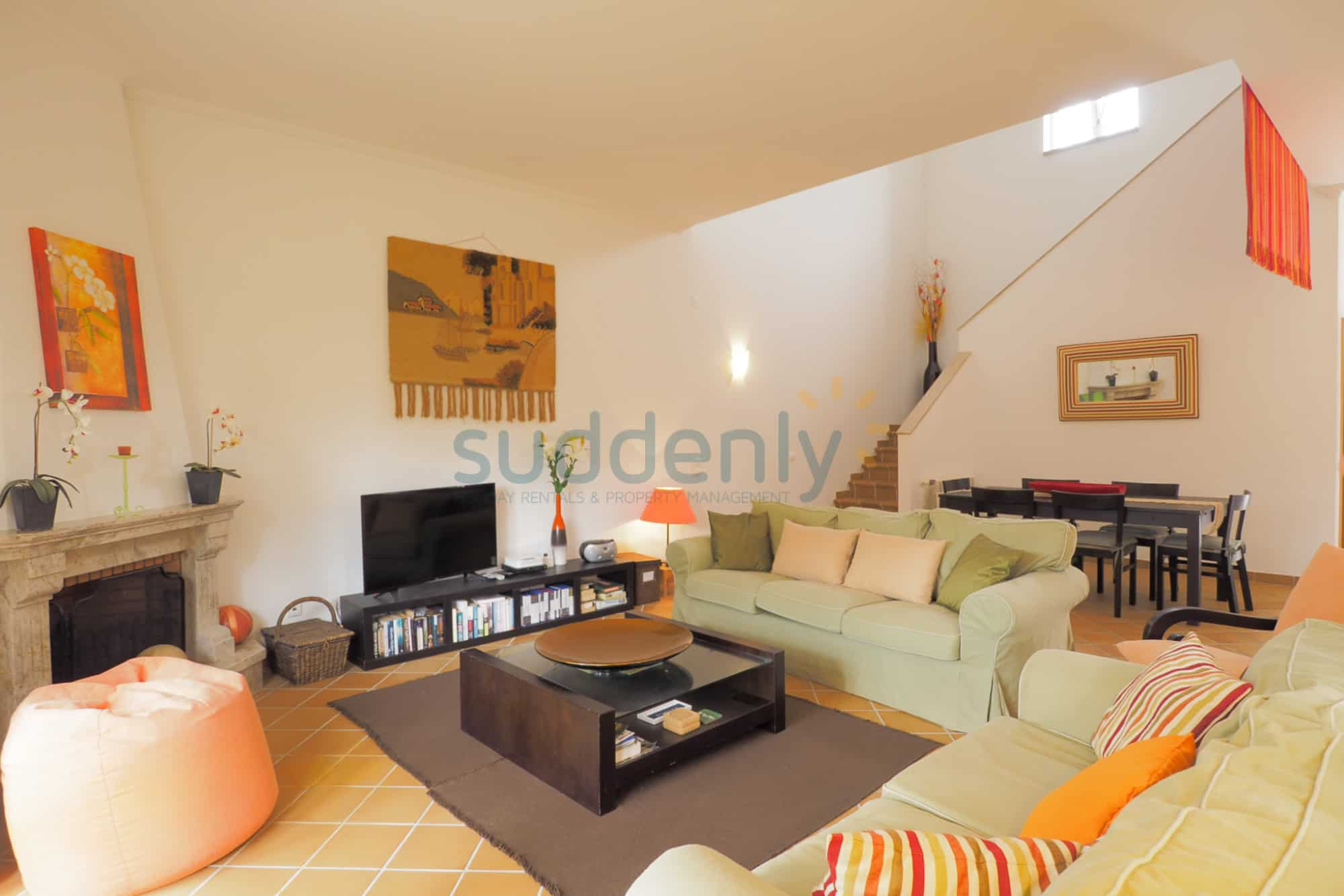 Holiday Rentals in Praia D'El Rey 49