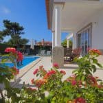 Holiday Rentals in Praia D'El Rey 401