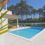 Holiday Rentals in Praia D'El Rey 380