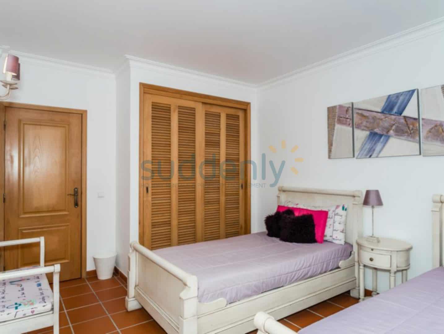 Villas 169
