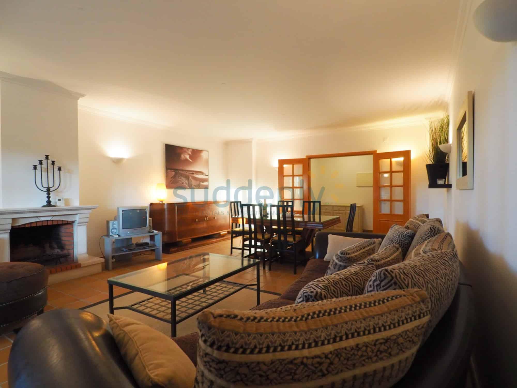 Accommodation 369