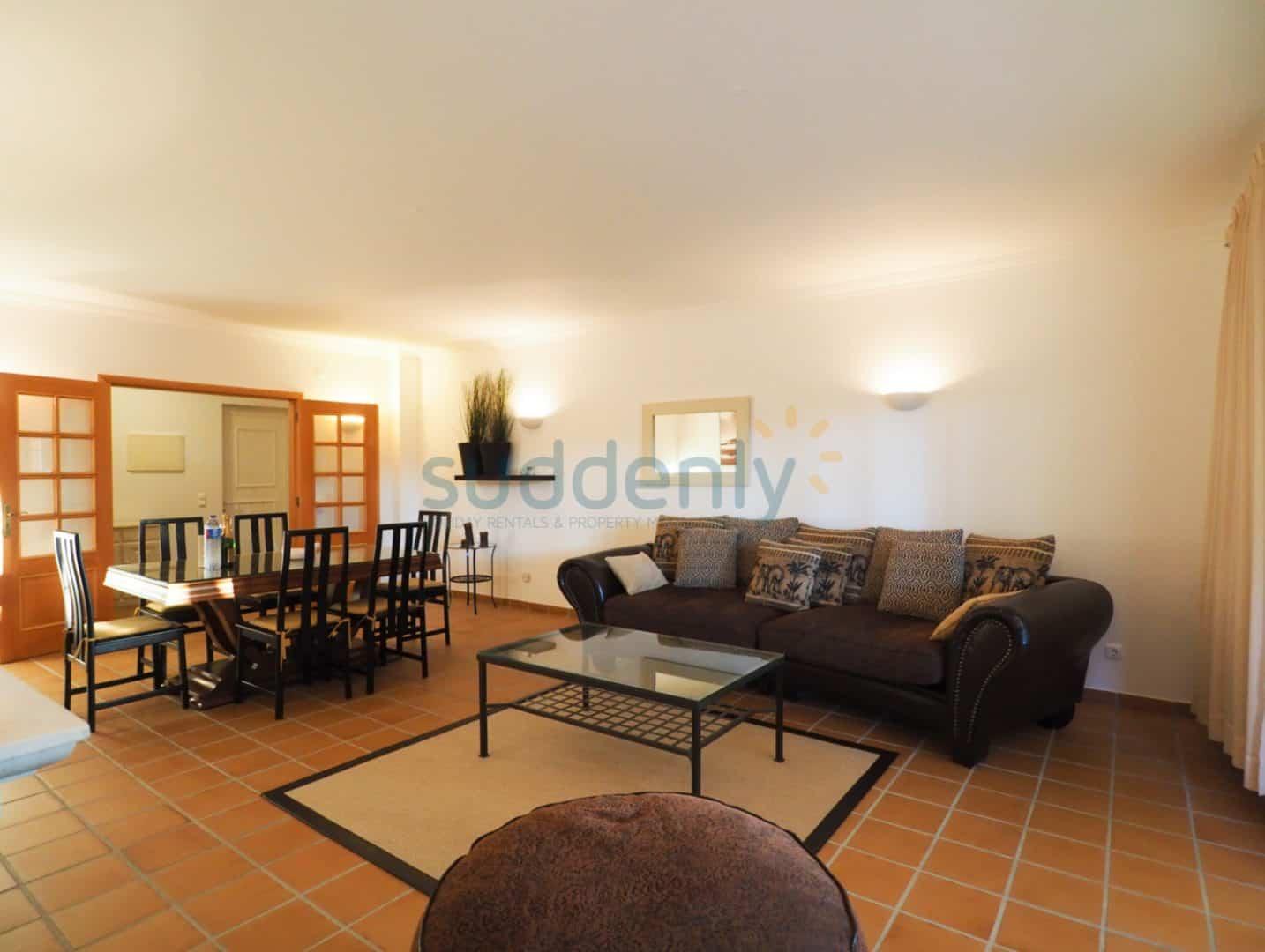 Apartamentos 370