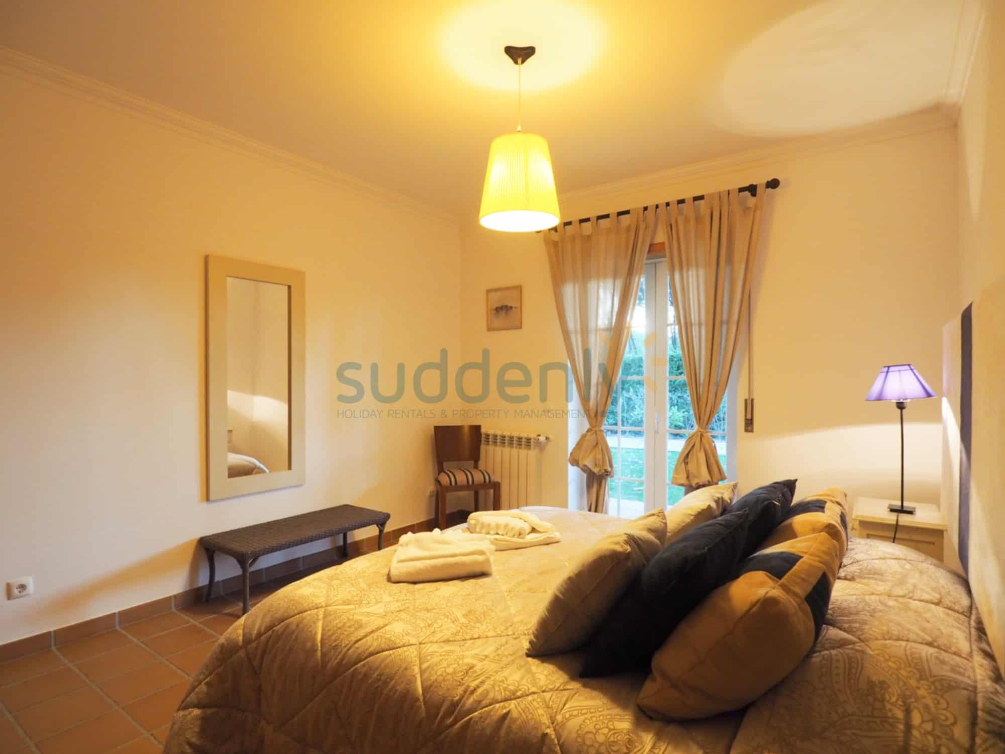 Accommodation 381