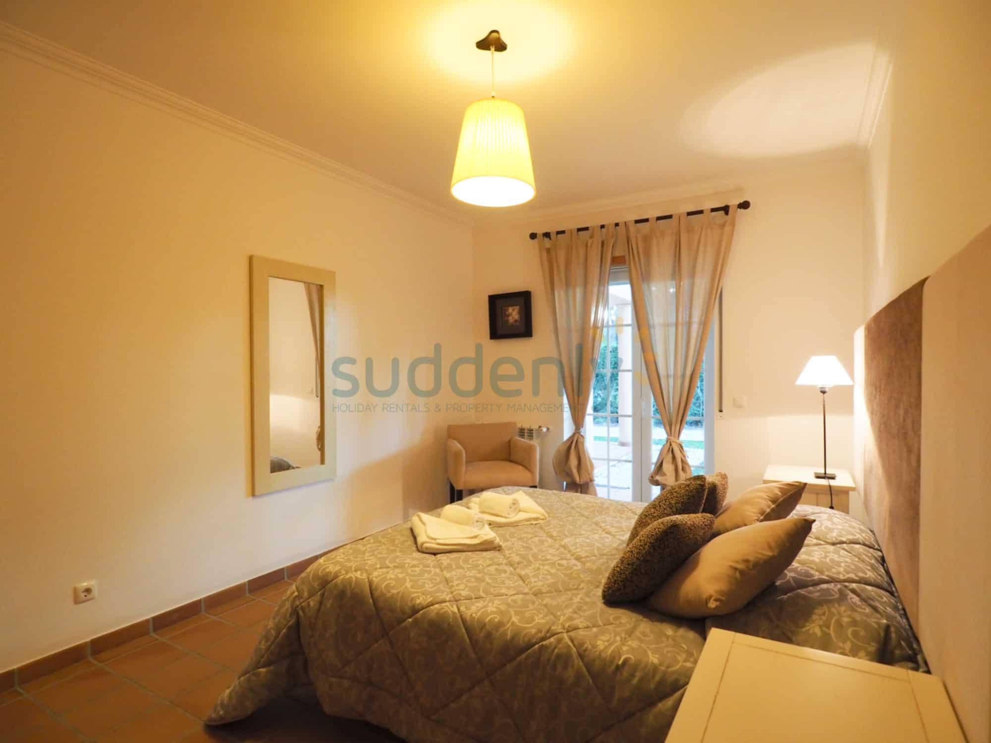 Accommodation 375