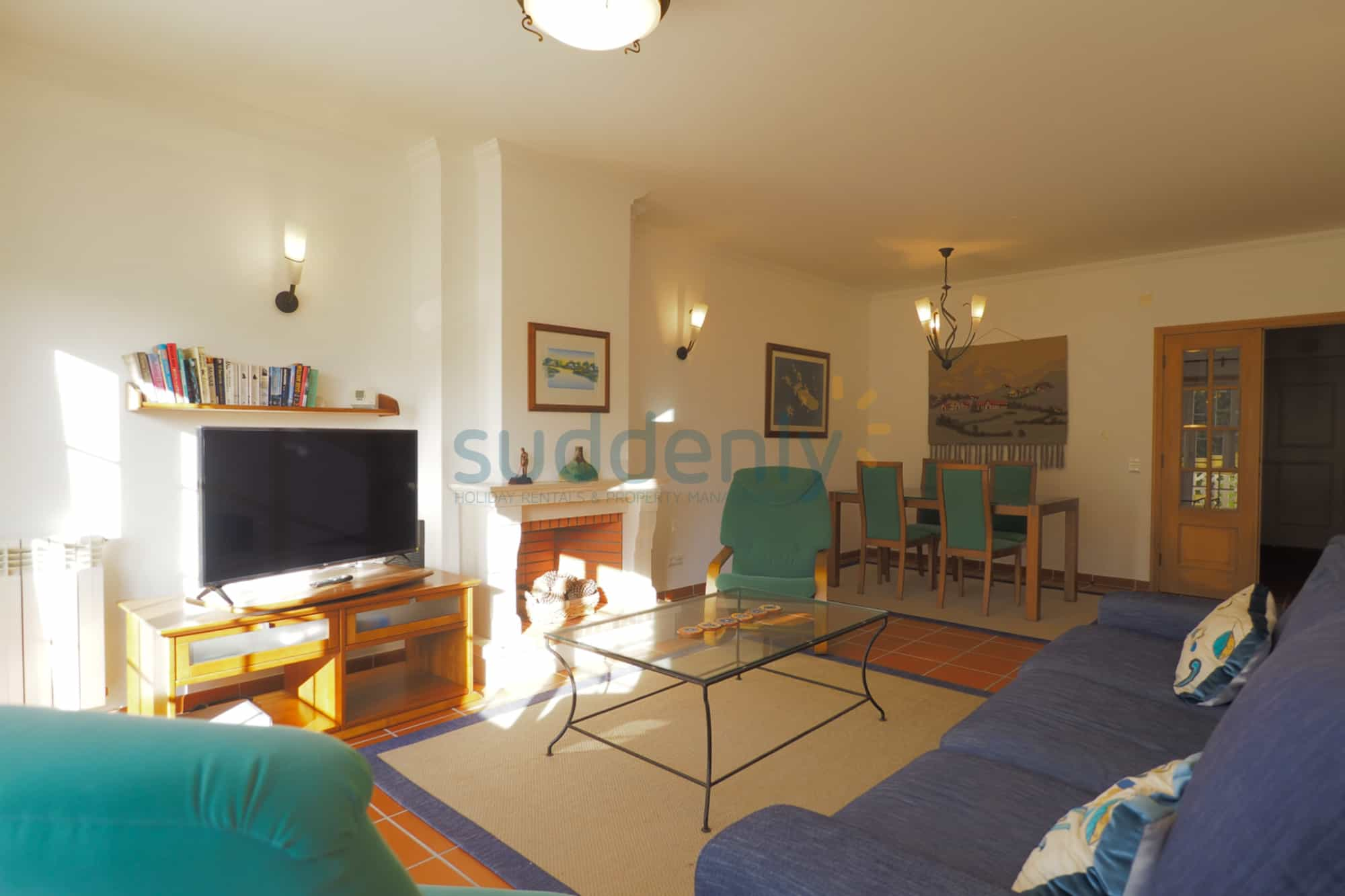 Holiday Rentals in Praia D'El Rey 223