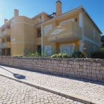 Holiday Rentals in Praia D'El Rey 240