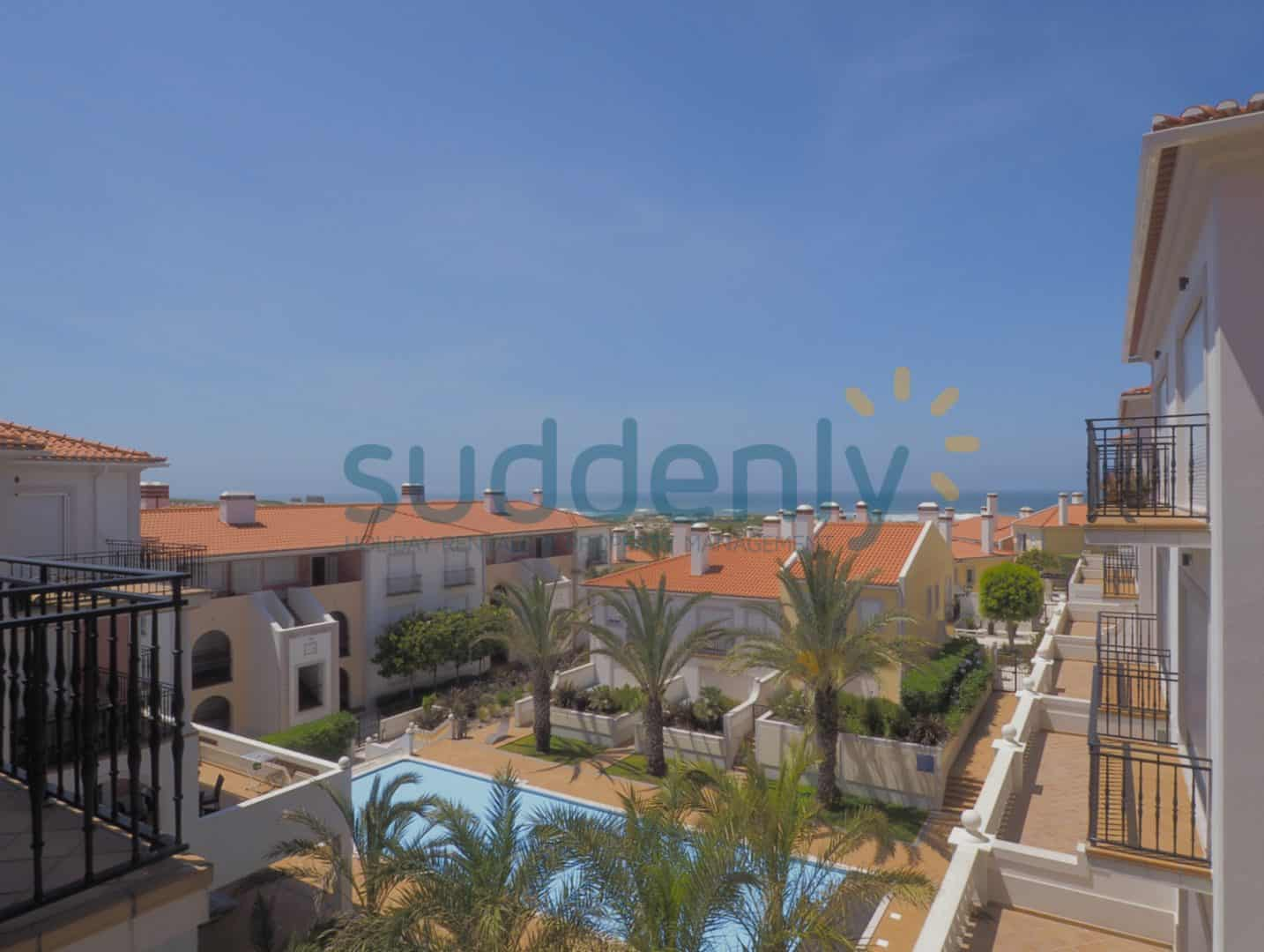 Holiday Rentals in Praia D'El Rey 175