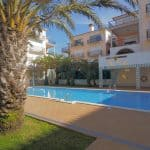 Holiday Rentals in Praia D'El Rey 192